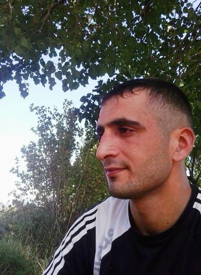 Roman Vardanyan, id226490243
