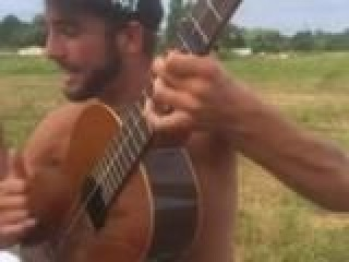 ��������� ����� Bella �� ������ | Bella version Gitan à la guitare (Cover Maître Gims)