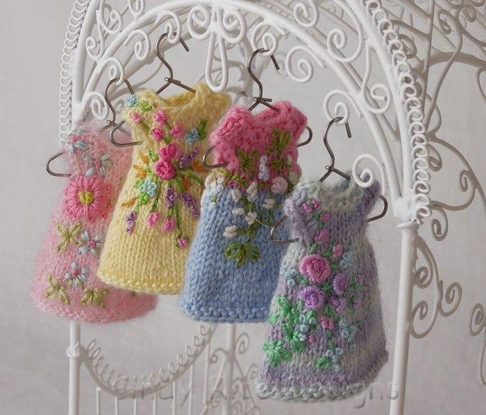 针织娃娃的绣花服装 - maomao - 我随心动