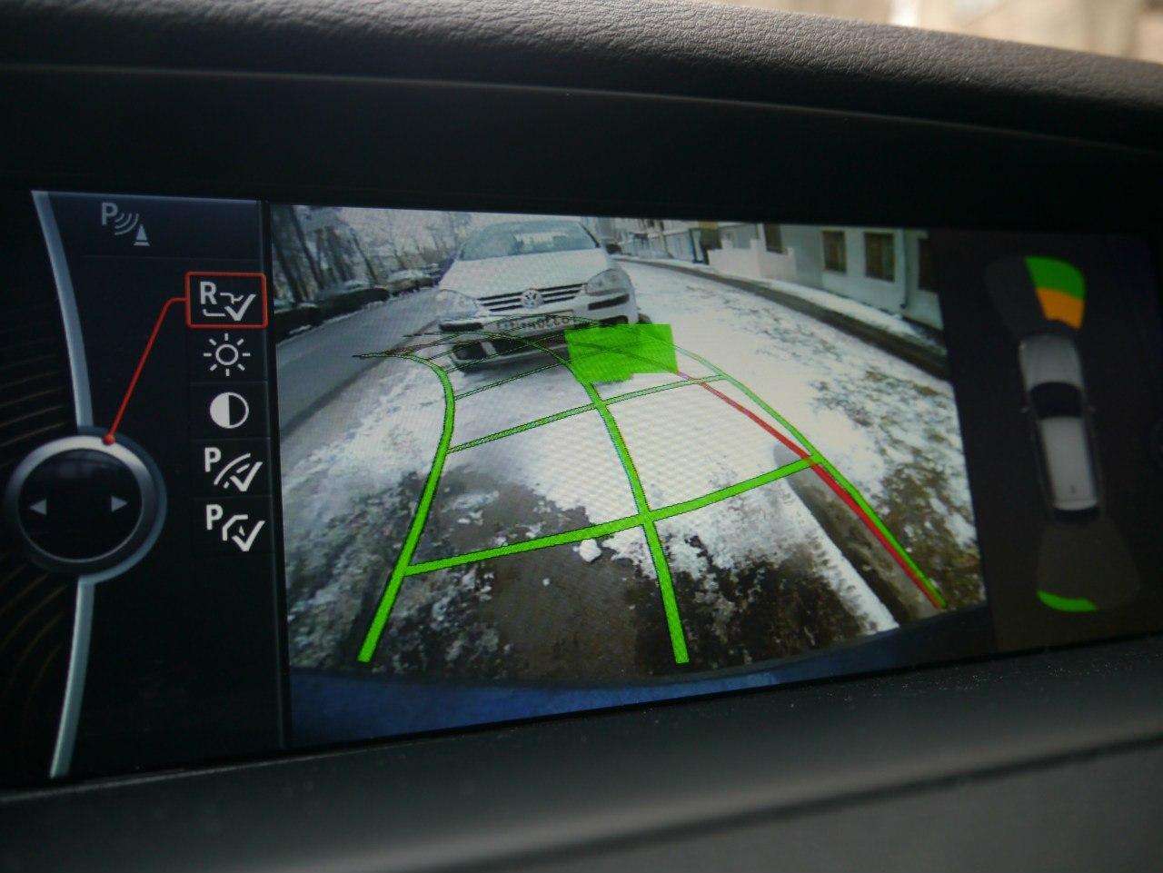 Задняя камера BMW