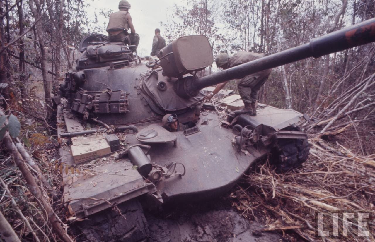 guerre du vietnam - Page 2 3cZJyG99Ih4