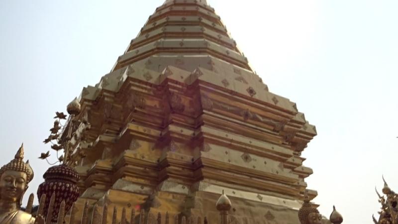 Таиланд г. Чанг–Май Храм Ват Прахат Дой Сутхеп