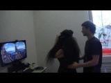 Oculus Rift американские горки в виртуальной реальности - девочка ну очень эмоциональная