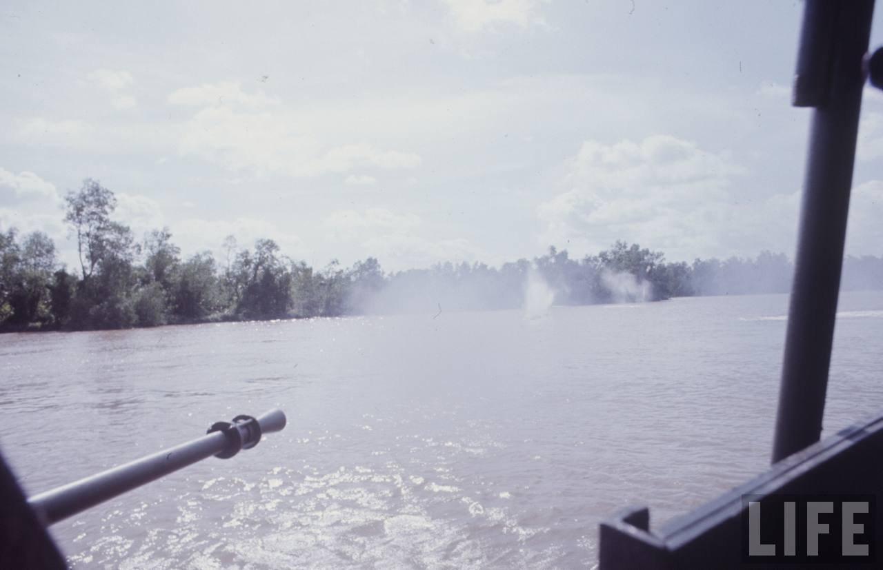 guerre du vietnam - Page 2 HacJuFXy76g