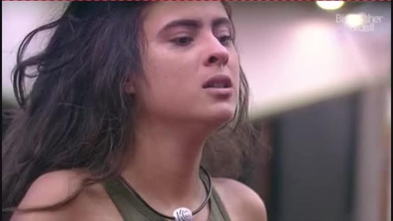 Hana e Alan continuam chorando