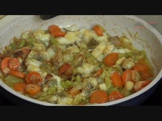 Рыба с овощами  экспресс рецепт на сковороде  fish with vegetables