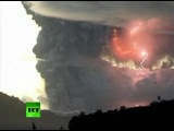 Spectacular video of lightning inside Chile Puyehue volcano ash cloud