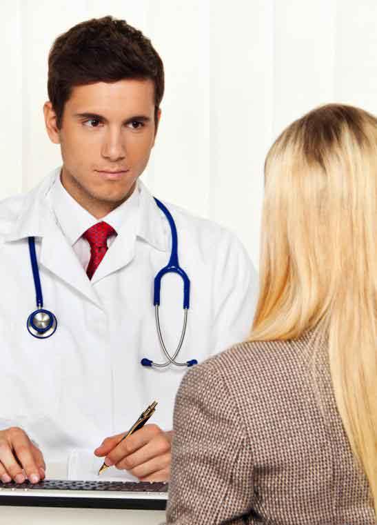 Пластические хирурги имеют по крайней мере одну консультацию с каждым пациентом, прежде чем они действительно совершают операцию