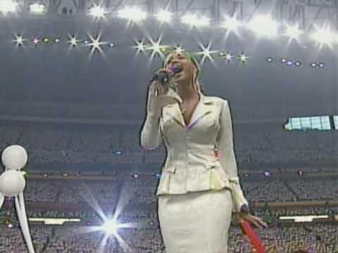 Beyoncé USA National Anthem Live @ Super Bowl 2004 HQ