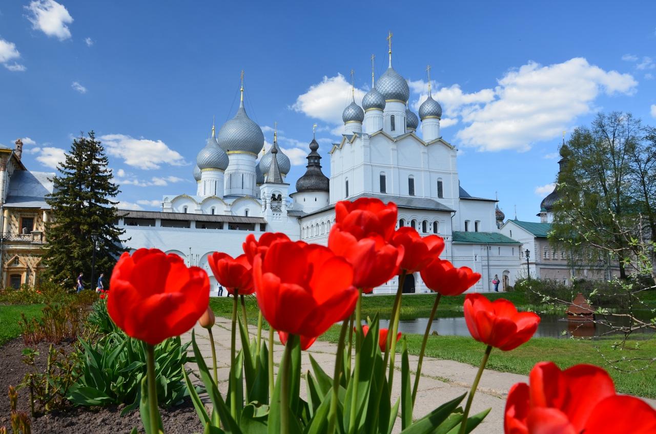 51UYwDx8e24 Ростовский кремль.