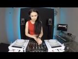 Noemi Black-Technical Vibe 74