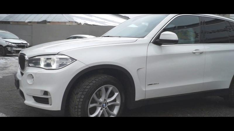 Устанавливаем чёрный потолок на BMW X5 F15 и ремонтируем VW Caravelle | Repair Center