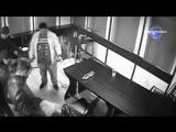 Драка Море крови Драка Нападение с ножом в Российском баре.
