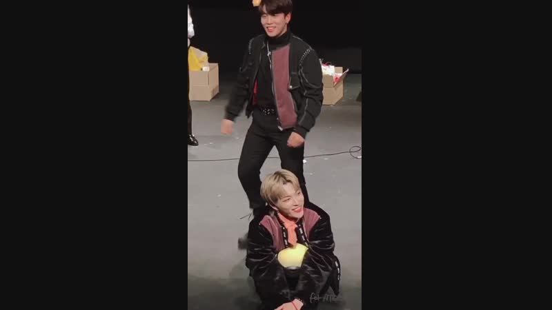 Jongho lifting hongjoong as if he weighed nothing