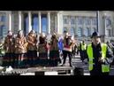 Völkerfreundschaft! Russian Folk Music Белое злато solidarisiert sich mit GelbeWesten in Berlin!
