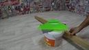Укладка линолеума на фанеру | Как постелить линолеум на деревянный пол | Подрезка линолеума