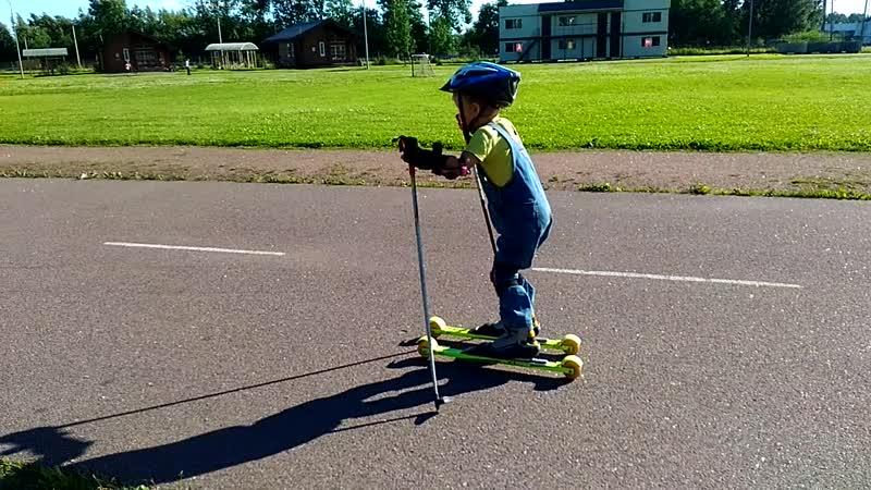 Юный лыжник, Елисей 5 лет V_20170803_173223