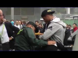 Криштиану остановил охранников и обнял юного фаната