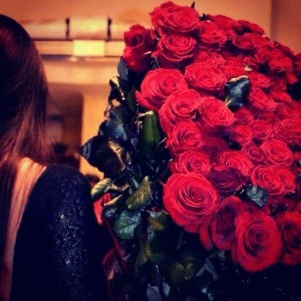 ... девушке букет цветов и сделай приятно: vk.com/id188283395