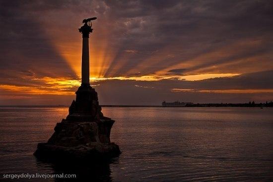 Памятник Затопленным кораблям. Автор фото С.Доля