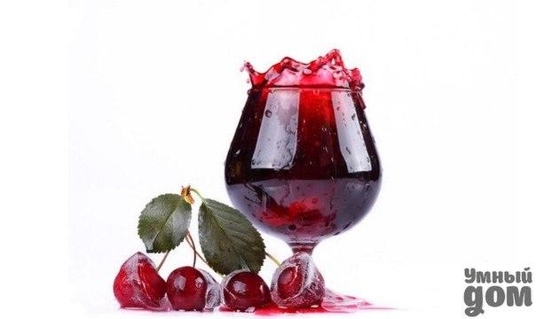 🍷Проверенные рецепты настоек от наших подписчиков! Обязательно попробуйте!🍷 На 3-х литровую банку насыпаем ягоды черную смородину, малину или вишню, вобщем любую, до половины. Заливаем холодной кипяченой водой до плечиков, 1 неполный стакан сахара и 1 стакан спирта чистого. Настаивать месяц но можете и дольше. Когда понадобиться, открываете процеживаете ягоды, а остальное во внутрь принимаете. Особенно хороша вишневка. Рецептом поделилась: Ольга Коршунова