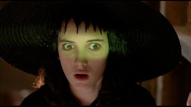 «Битлджус»  1988  Режиссер: Тим Бёртон   фэнтези, комедия