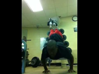 Fitness Tevin Cherry My handstand pushups 2nd video