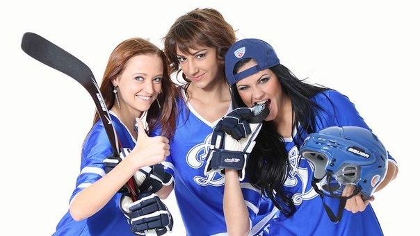 Девушки из группы поддержки динамит фото