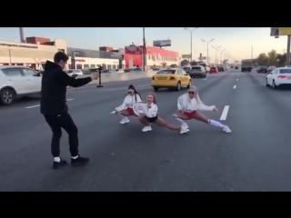 Для съемок клипа Оксаны Яковлевой (Yaxana) перекрыли две полосы МКАД