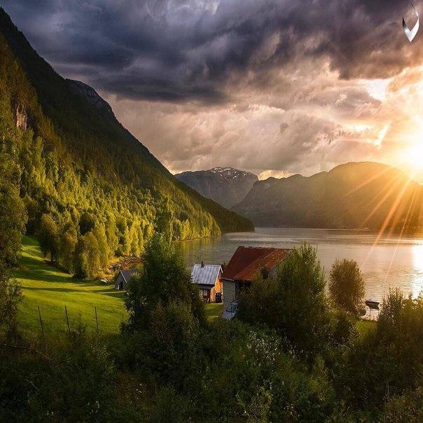 Роскошные пейзажи Норвегии - Страница 3 Gwu03FwG9dI