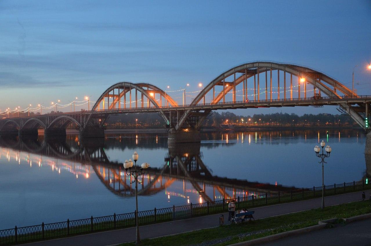 P0et6kqb4ZY Рыбинск - красивый старинный город на Волге.