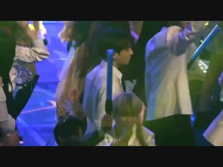 here is the video of jungkook waiting for jimin. also their hands at the end. ht ( 720 X 1280 ).mp4