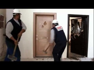 The most security door in the world. I Have EVER Seen !!!