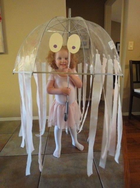 Костюм медузы для девочки из пакетов