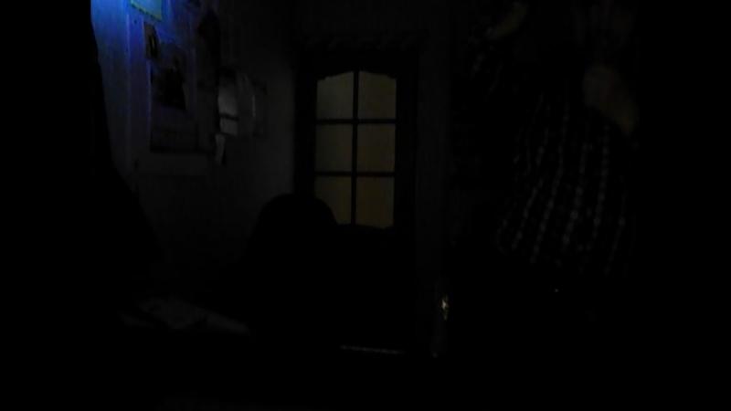 Запуск электрокордовой авиамодели с фарой в темноте