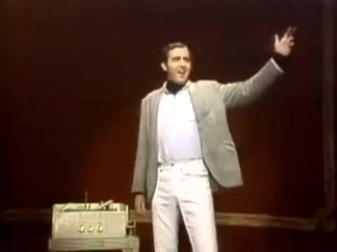 Andy Kaufman Mighty Mouse bit