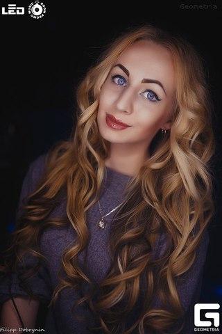 Фото и картинки девушек с русыми волосами