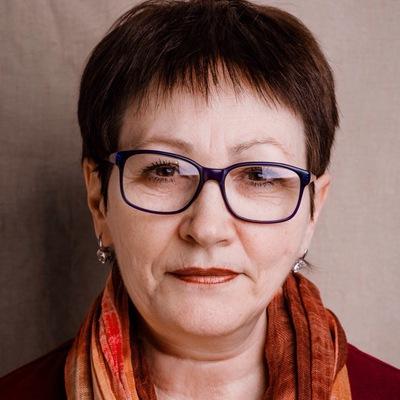 Елена Нижалова