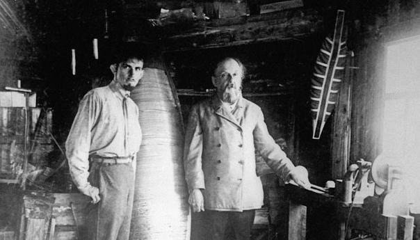 Что стало с русским изобретателем, который полетел на Луну в 1917 году
