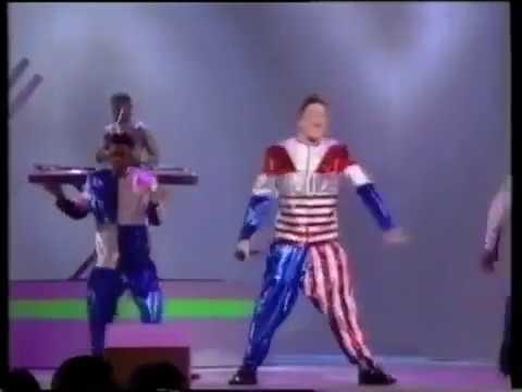 Vanilla Ice - Ice Ice Baby (Live) - American Music Awards 1/28/91