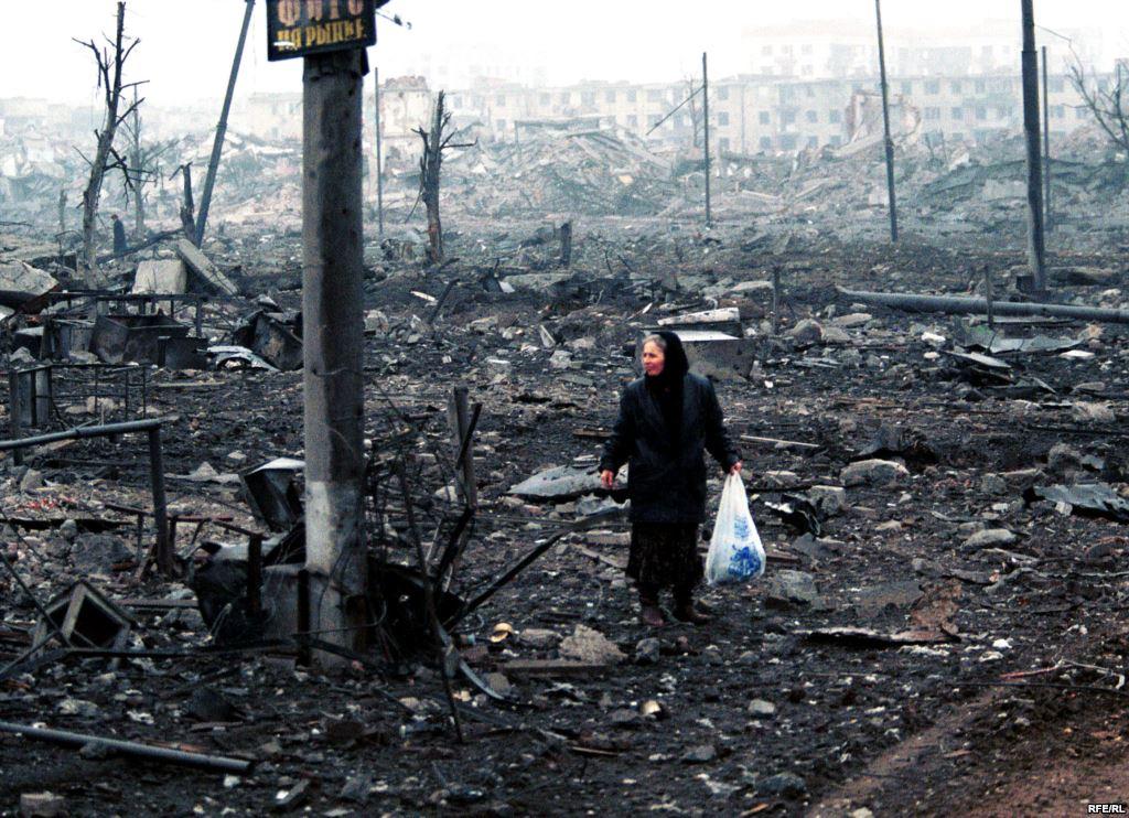 Снаряд попал в детский сад в Луганске - Цензор.НЕТ 2159