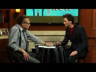 Mentalist Lior Suchard Guesses Larry's First Girlfriend | Larry King Now | Ora TV