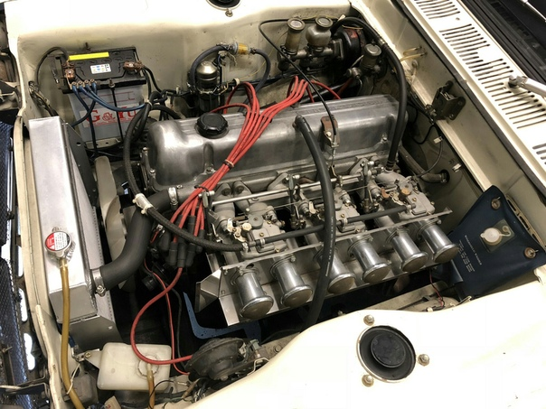 Очень редкие:Nissan Syline 2000 GT-R Coupe `1971