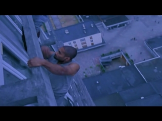 Yamakasi │ Yamakasi' ler binaya tırmanıyor (Türkçe Dublaj HD - 2001).mp4