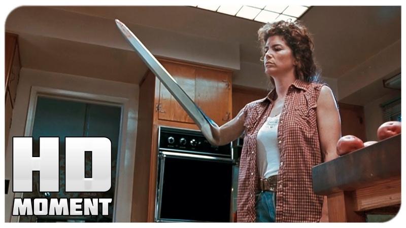 Т-1000 убил приемных родителей Джона - Терминатор 2: Судный день (1991) - Момент из фильма