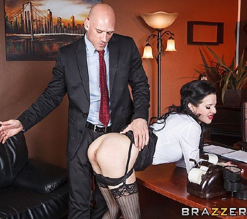 Veronica Avluv – Show Me Who's Boss
