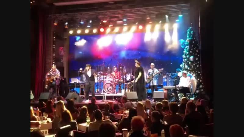 Группа ТНМК выступила в Киеве, в рамках акустического різдвяного вертепу (7 января 2019 г.) (видео)