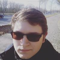 АртемНовосельский