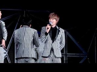 140815 SMTOWN LIVE_Eunhyuk : 특이형이 울어서 당황한 은혁이