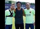 Ronaldinho in the training of Lionel Messi/Роналдиньо на тренировке Лионеля Месси